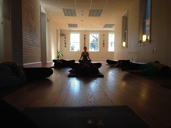 yoga-682326_19201