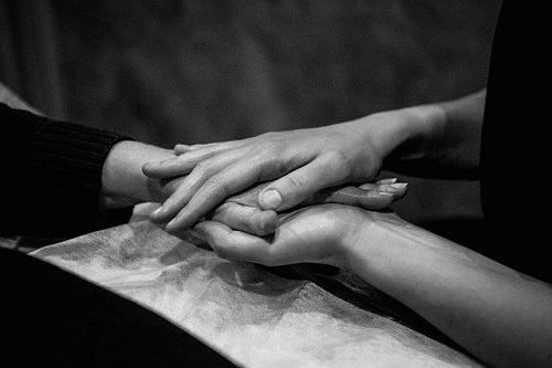 hands-5784868_640